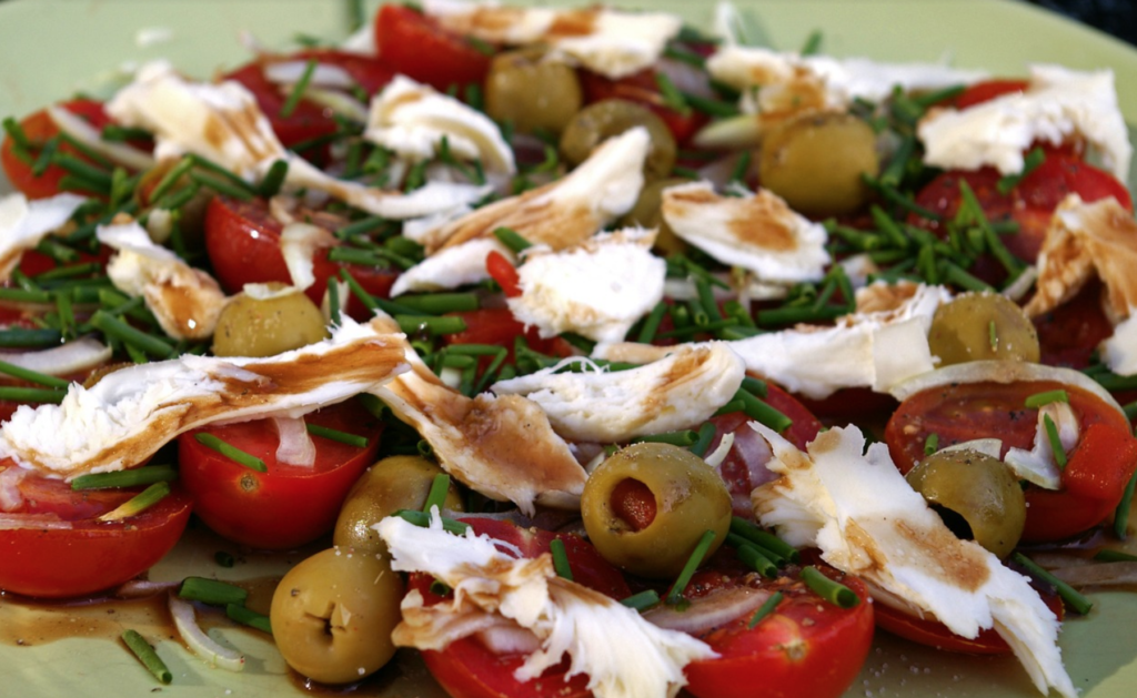 weigh-loss-belly-fat-with-mediterranean-food