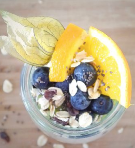 Weight-Loss-With-Lemons-And-Blueberries