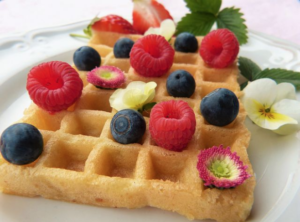 Low-Carb-Strwaberry-Waffles