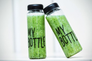 What're--Green-Smoothies-About-In-Bottles