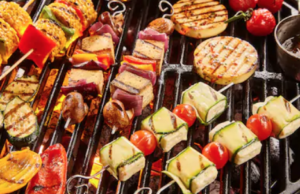 Vegetarian-And-Vegan-Grill-Skewers