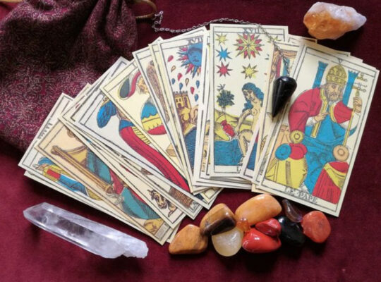 How-To-Read-Tarot